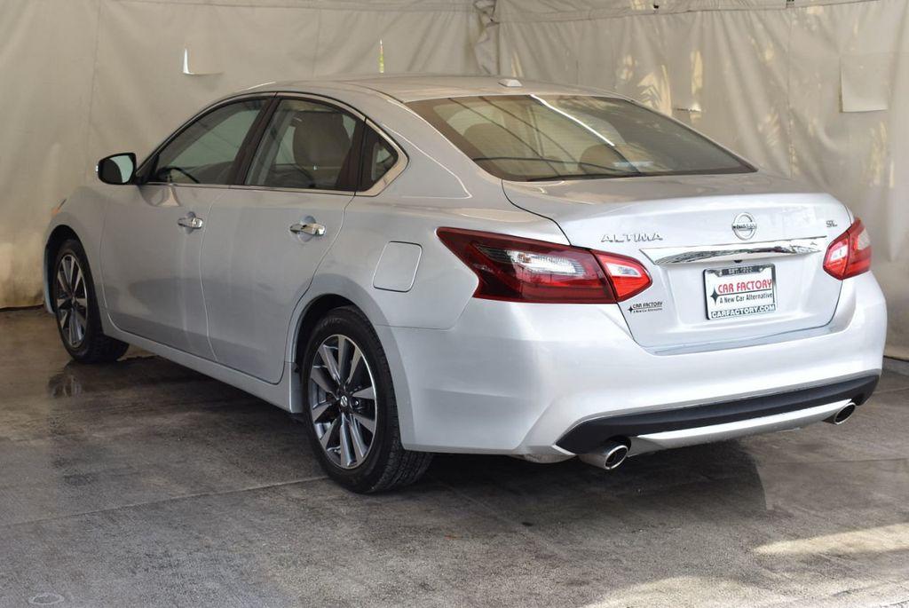 2017 Nissan Altima 2.5 S - 17958516 - 5