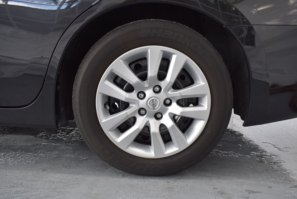2017 Nissan Altima S - 18310956 - 10