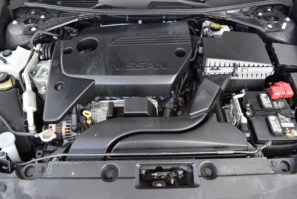 2017 Nissan Altima S - 18310956 - 22