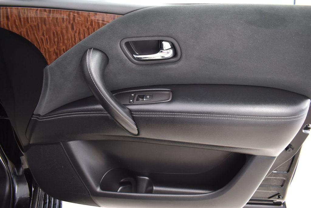 2017 Nissan Armada 4x2 SL - 18439613 - 27