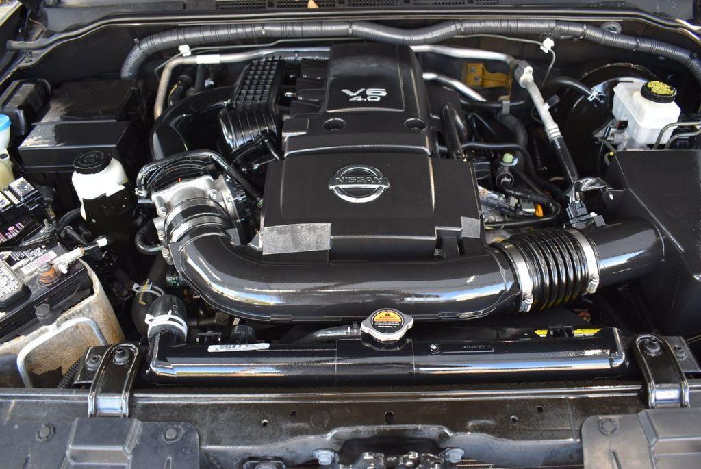 2017 Nissan Frontier  - 18423367 - 24