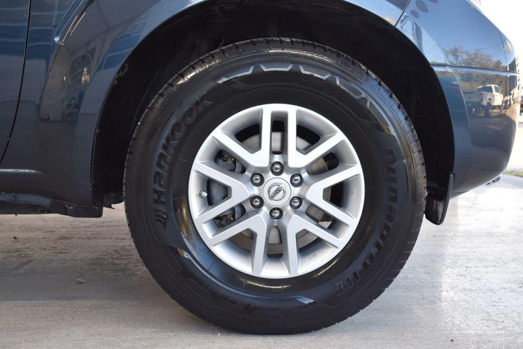 2017 Nissan Frontier  - 18423367 - 6