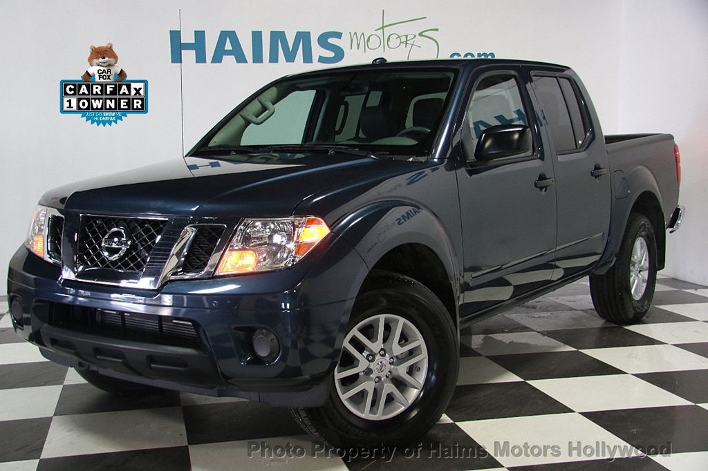 2017 Nissan Frontier 5 Crew Cab 4x4 Sv V6 Automatic 17120750