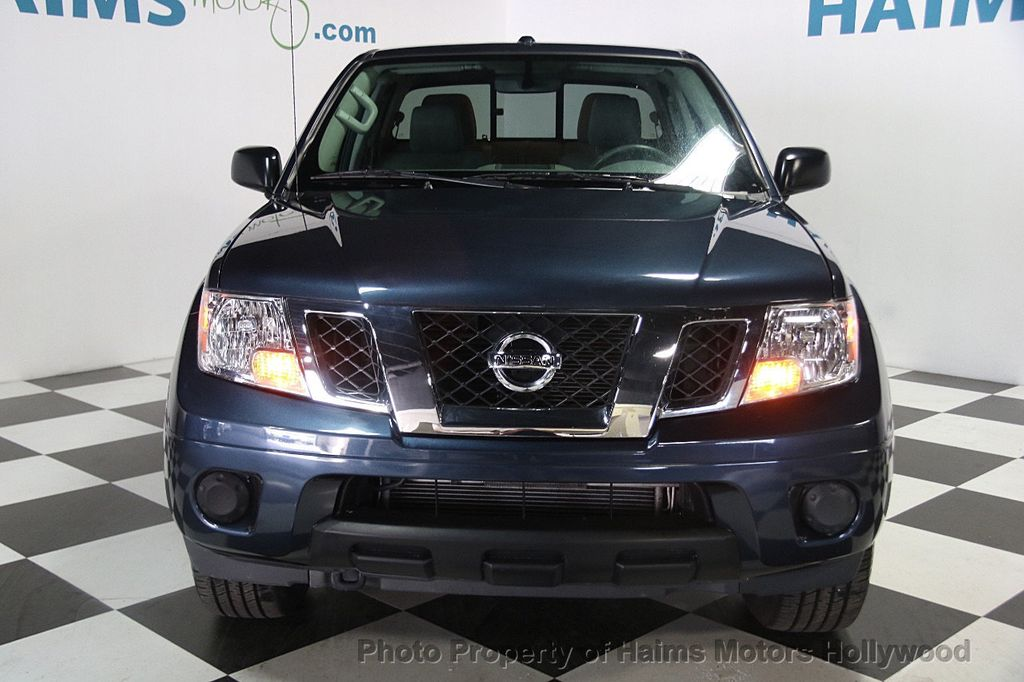 2017 Nissan Frontier 2017.5 Crew Cab 4x4 SV V6 Automatic - 17120750 - 2