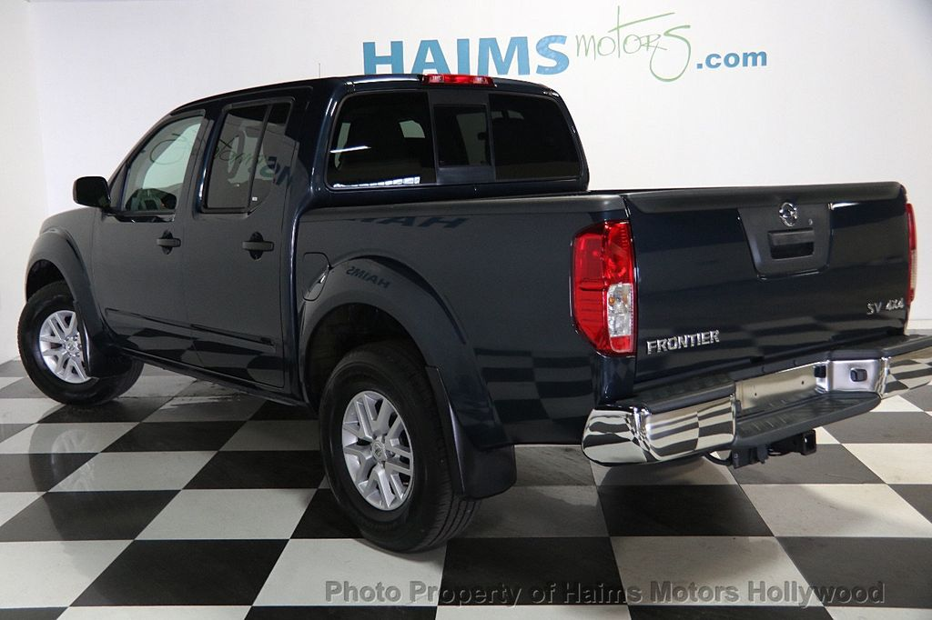 2017 Nissan Frontier 2017.5 Crew Cab 4x4 SV V6 Automatic - 17120750 - 4