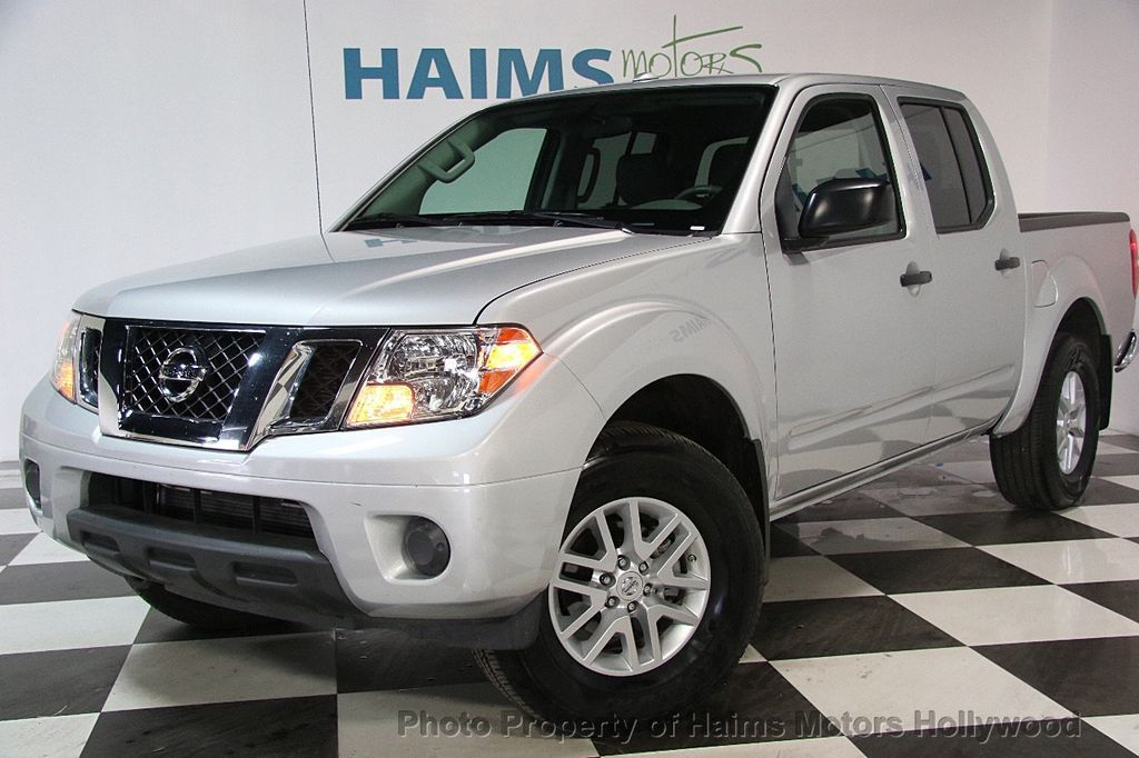 2017 Nissan Frontier 5 Crew Cab 4x4 Sv V6 Automatic 17417482 1