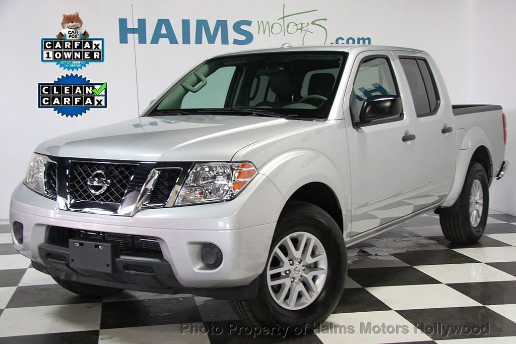 2017 Nissan Frontier Crew Cab 4x2 Sv V6 Automatic 16917108