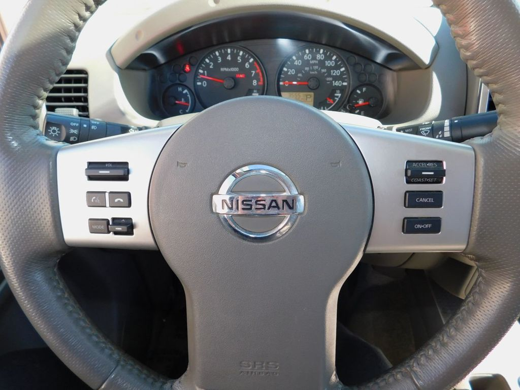 2017 Nissan Frontier Crew Cab 4x2 SV V6 Automatic - 18383092 - 11