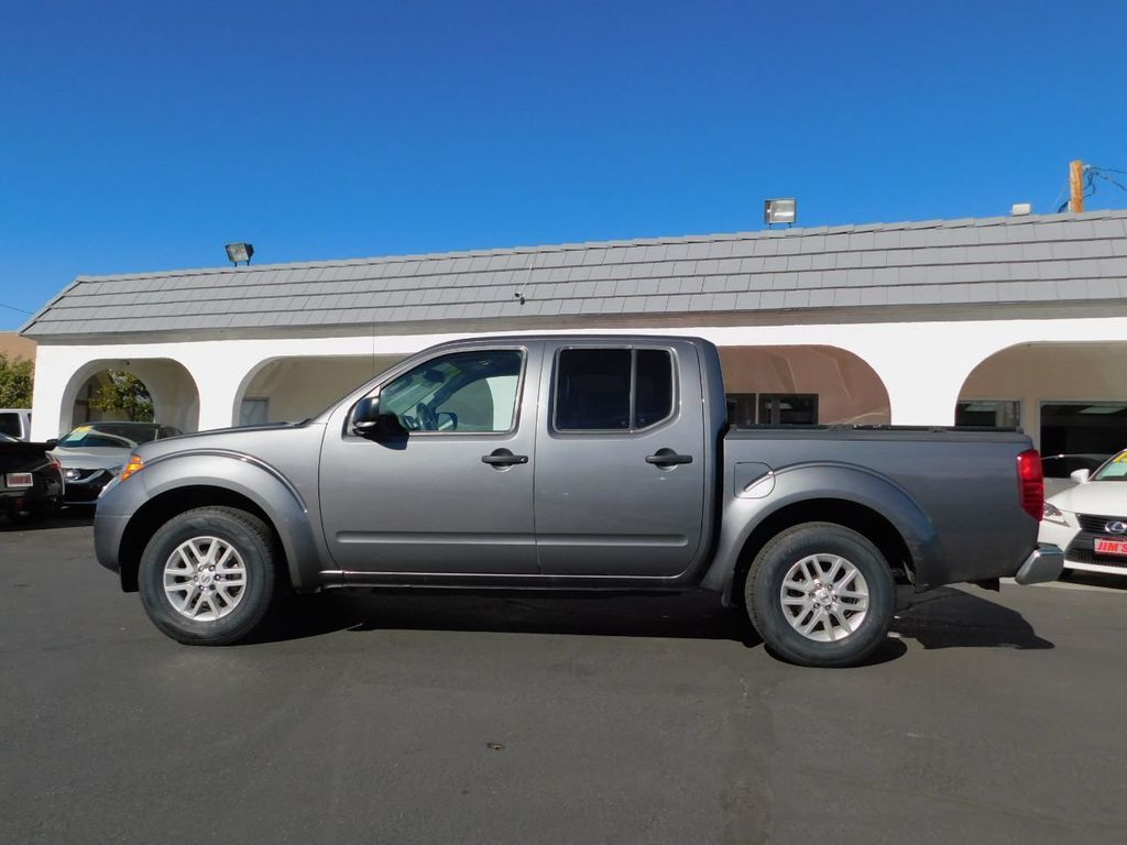 2017 Nissan Frontier Crew Cab 4x2 SV V6 Automatic - 18383092 - 2
