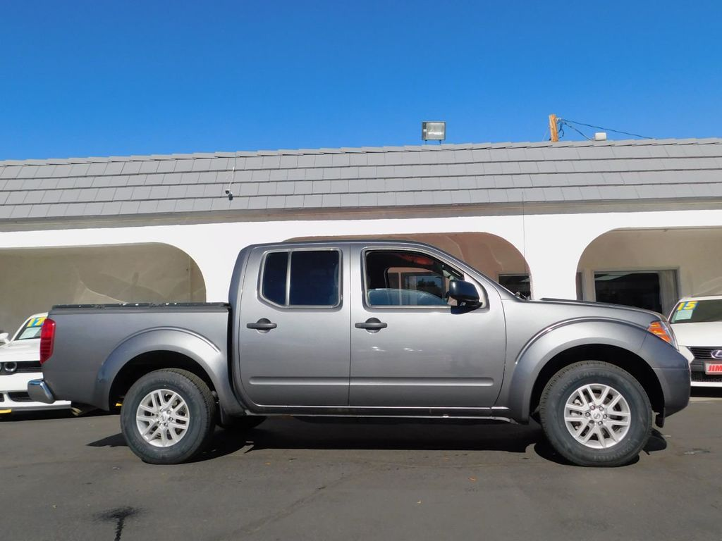 2017 Nissan Frontier Crew Cab 4x2 SV V6 Automatic - 18383092 - 5