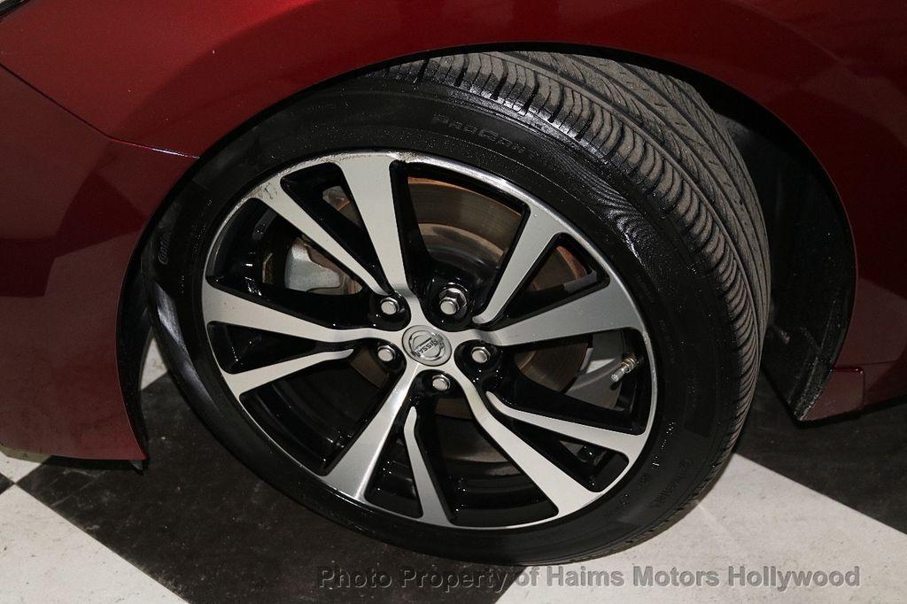 2017 Nissan Maxima SL 3.5L - 18626176 - 32