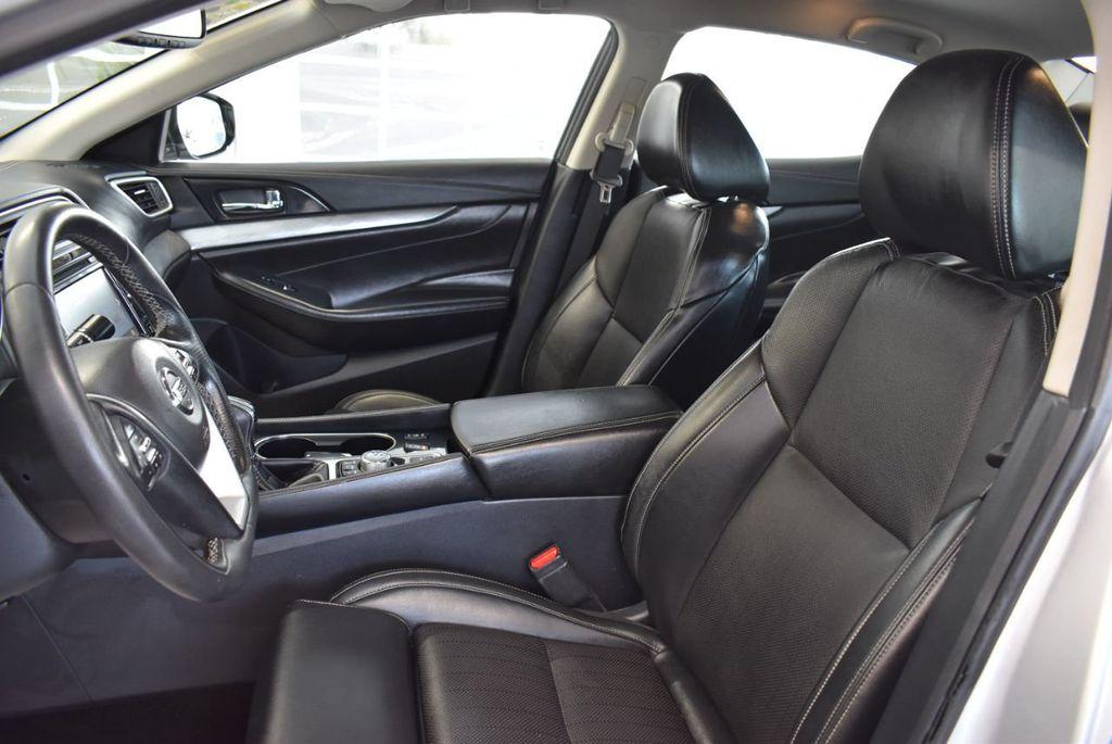 2017 Nissan Maxima SV - 18439615 - 14