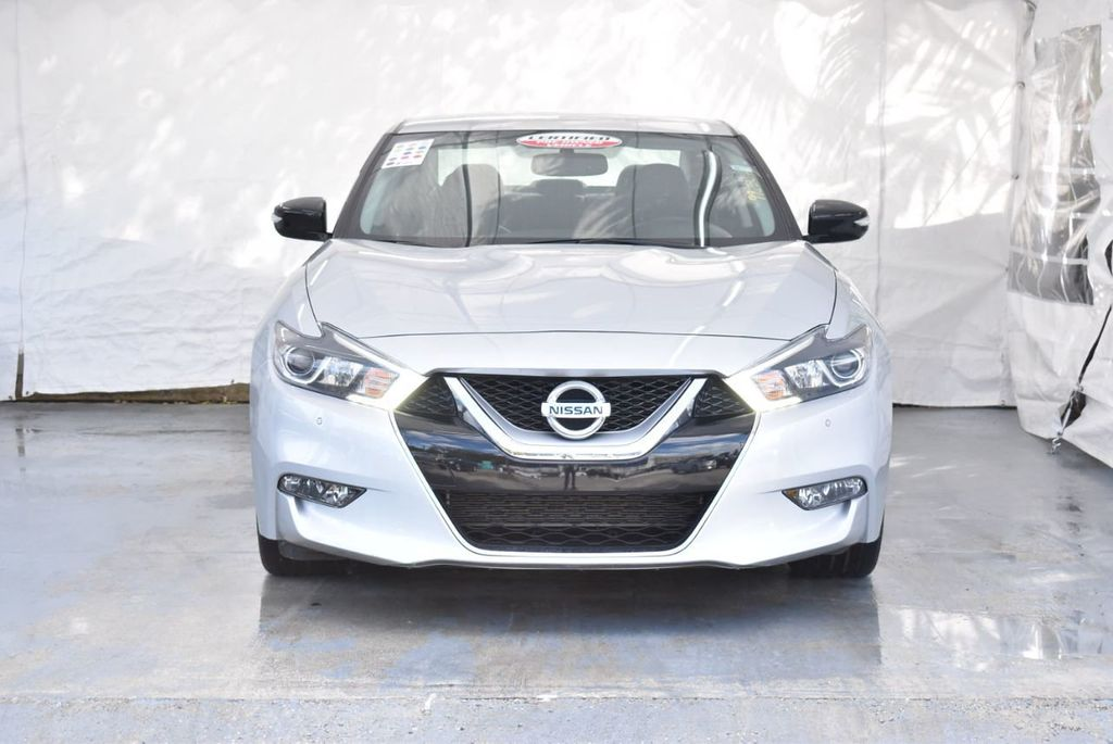 2017 Nissan Maxima SV - 18439615 - 3