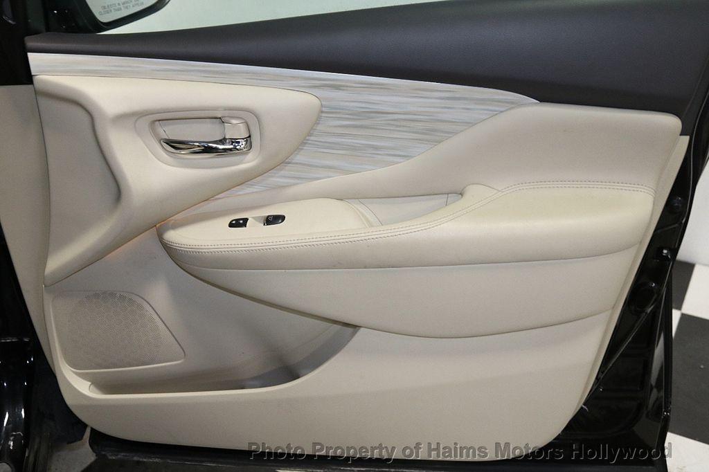 2017 Nissan Murano AWD Platinum - 18183662 - 13