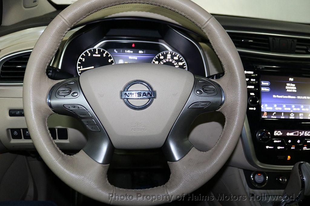 2017 Nissan Murano AWD Platinum - 18183662 - 31