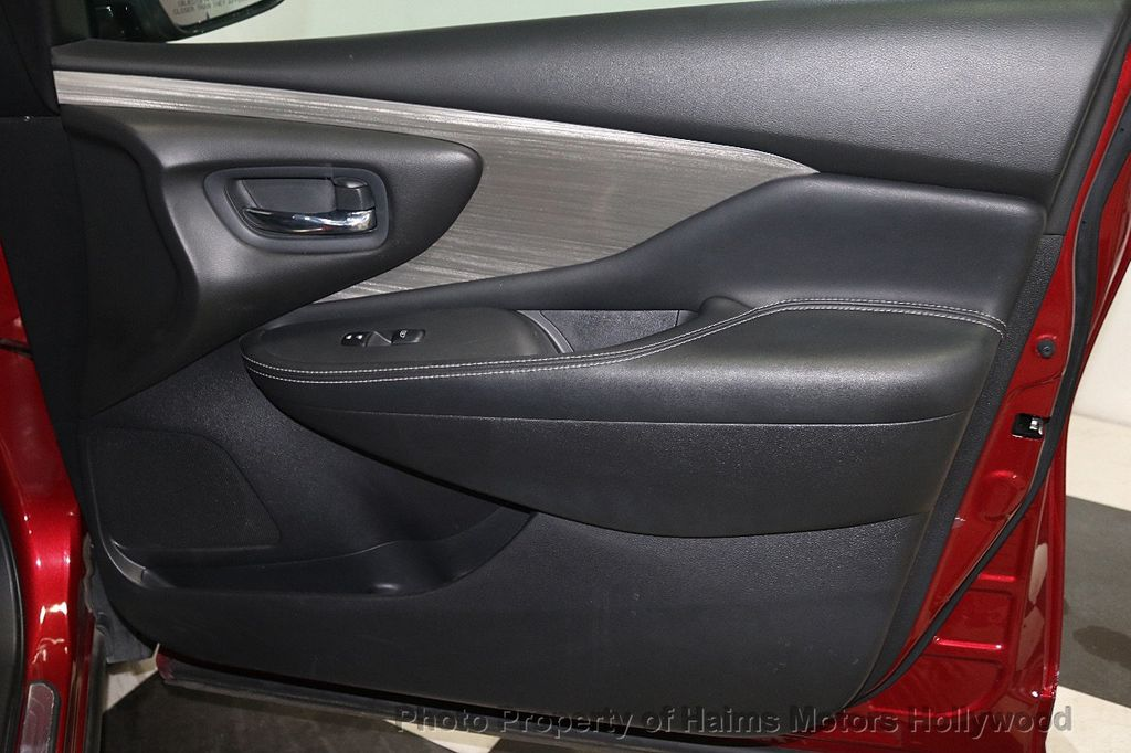 2017 Nissan Murano FWD S - 18501479 - 11