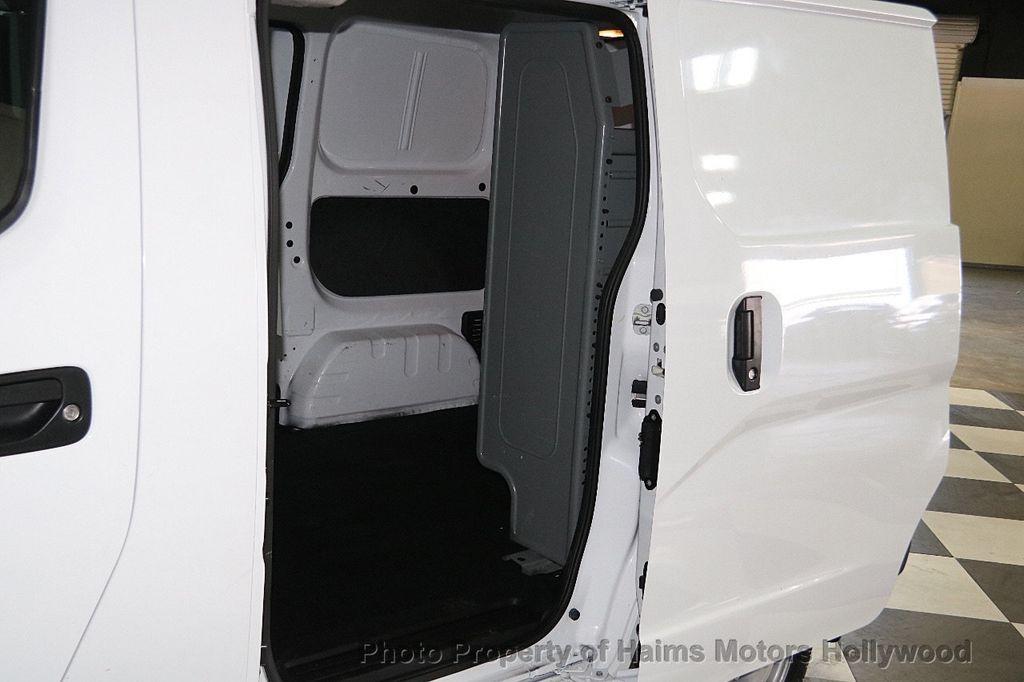 2017 Nissan NV200 Compact Cargo  - 17412560 - 13