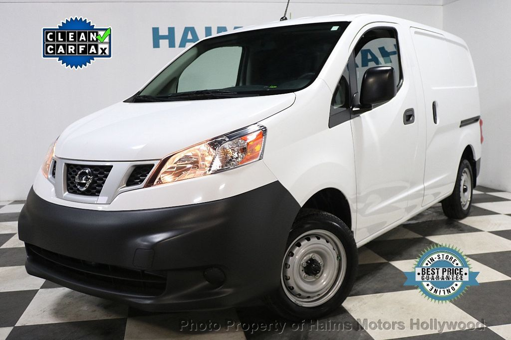2017 Nissan NV200 Compact Cargo VERY LOW MILES - 17933784 - 0