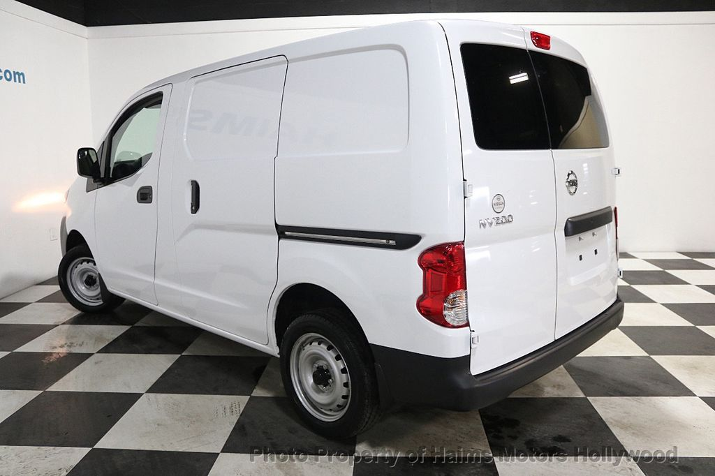 2017 Nissan NV200 Compact Cargo VERY LOW MILES - 17933784 - 4