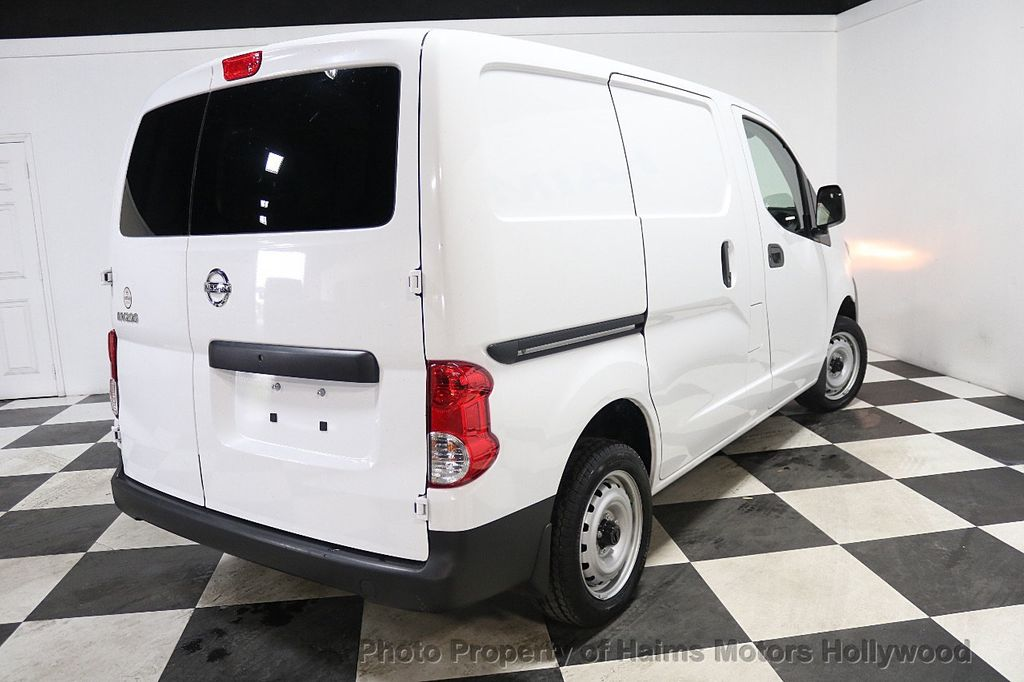2017 Nissan NV200 Compact Cargo VERY LOW MILES - 17933784 - 6