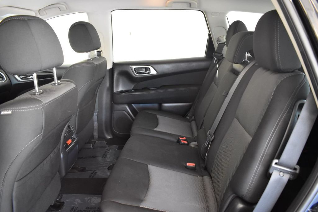 2017 Nissan Pathfinder 4x4 Platinum - 18093594 - 10