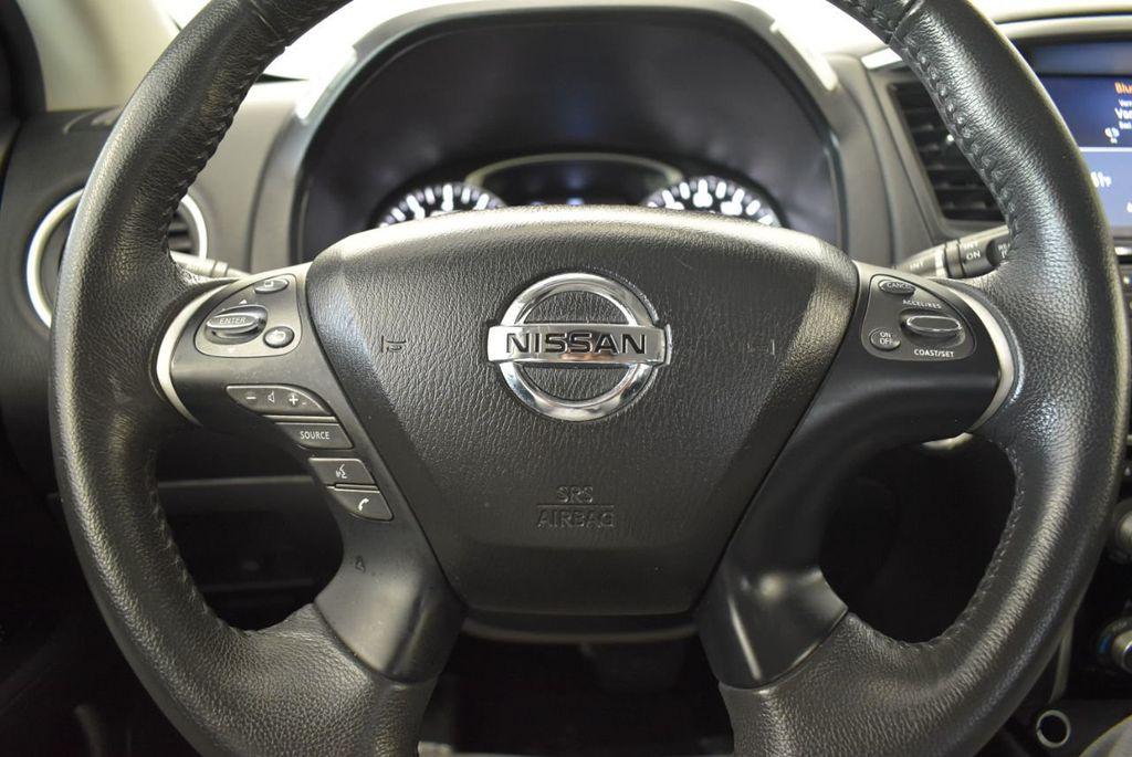 2017 Nissan Pathfinder 4x4 Platinum - 18093594 - 15