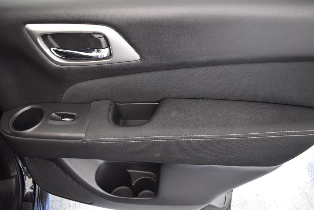 2017 Nissan Pathfinder 4x4 Platinum - 18093594 - 22