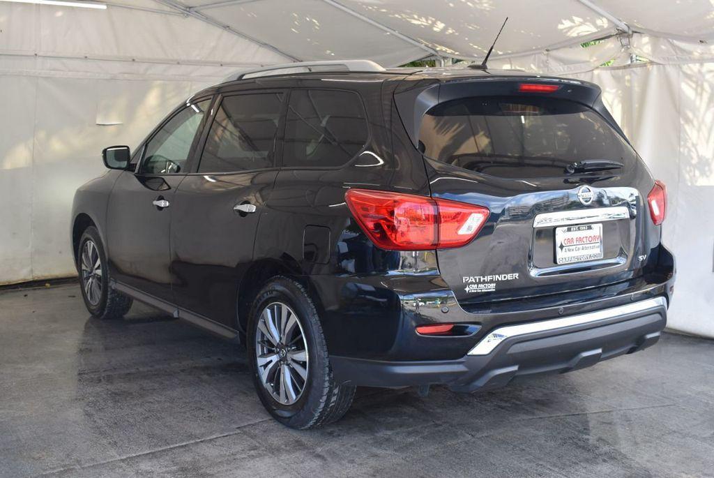 2017 Nissan Pathfinder 4x4 Platinum - 18093594 - 3
