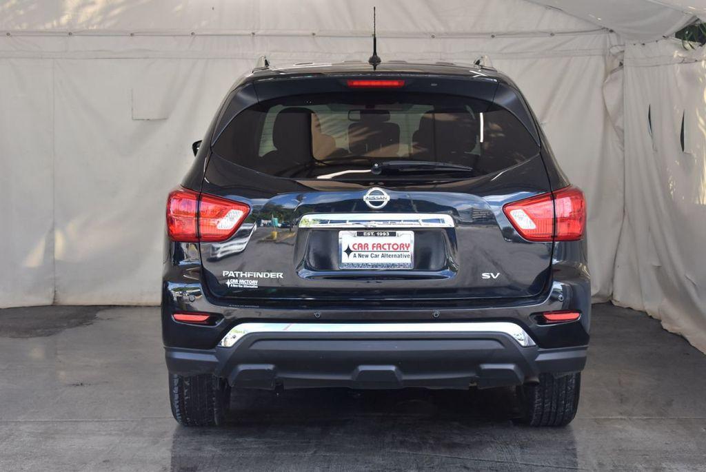 2017 Nissan Pathfinder 4x4 Platinum - 18093594 - 5