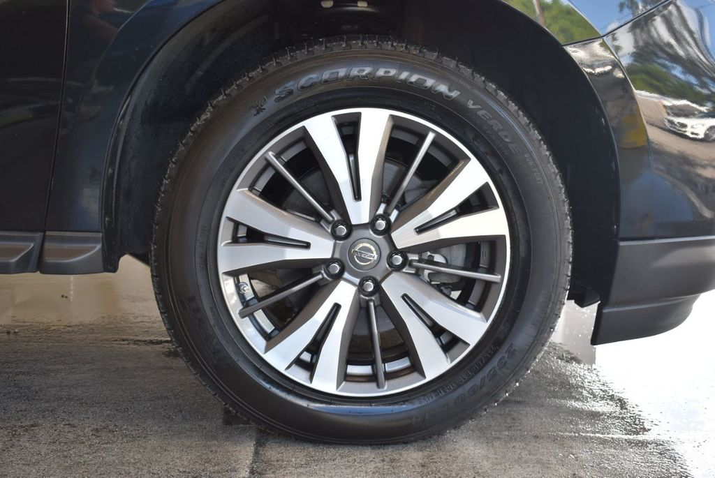 2017 Nissan Pathfinder 4x4 Platinum - 18093594 - 6