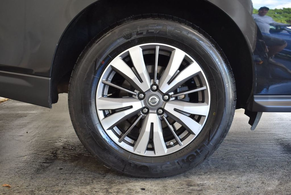 2017 Nissan Pathfinder 4x4 Platinum - 18093594 - 7