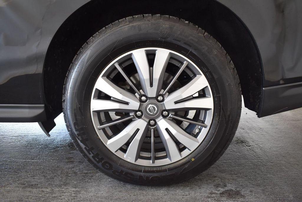 2017 Nissan Pathfinder 4x4 Platinum - 18093594 - 8