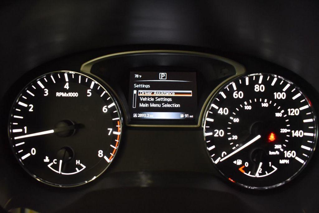 2017 Nissan Pathfinder 4x4 S - 18246531 - 16