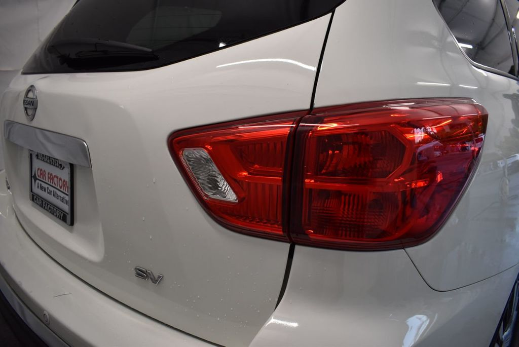 2017 Nissan Pathfinder 4x4 S - 18246531 - 1