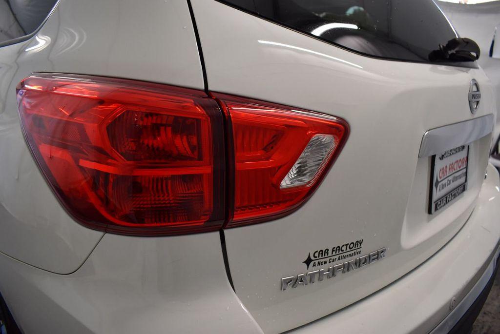 2017 Nissan Pathfinder 4x4 S - 18246531 - 6