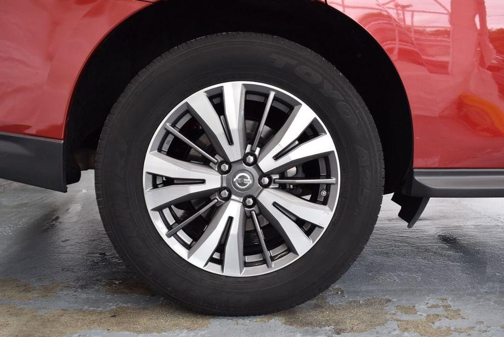 2017 Nissan Pathfinder 4x4 S - 18336087 - 9