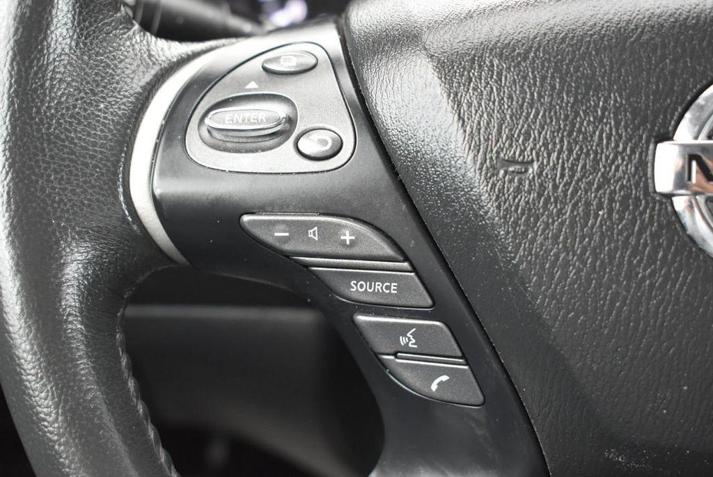 2017 Nissan Pathfinder 4x4 S - 18336087 - 18