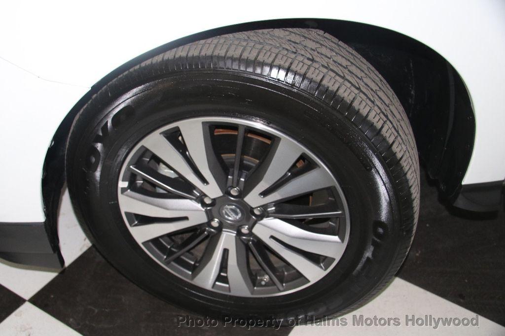 2017 Nissan Pathfinder 4x4 SL - 17297340 - 37