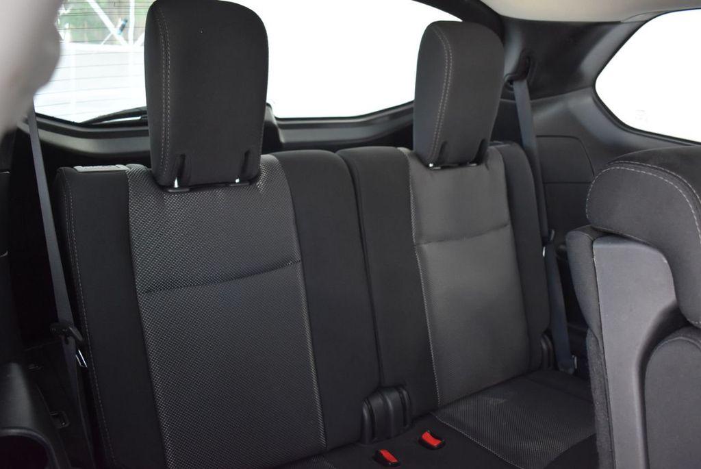 2017 Nissan Pathfinder 4x4 SV - 18439616 - 20