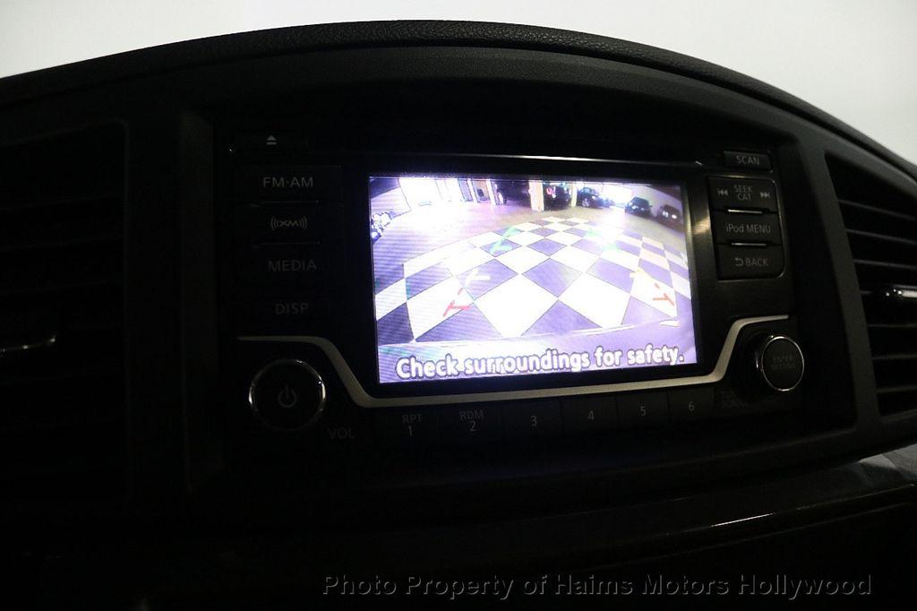 2017 Nissan Quest SV CVT - 17959107 - 29