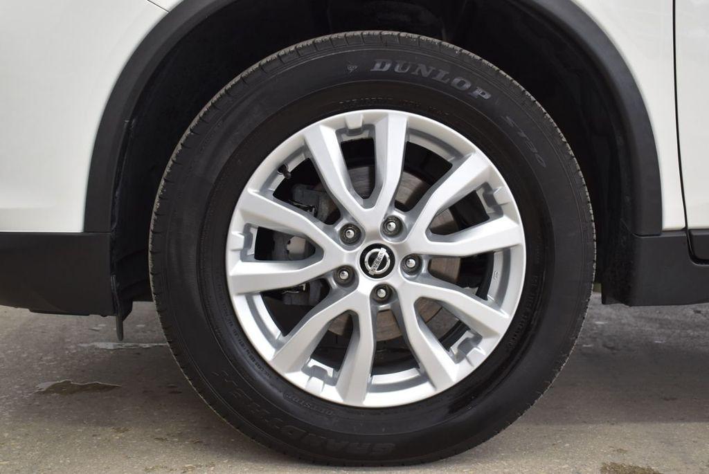 2017 Nissan Rogue  - 18550555 - 9