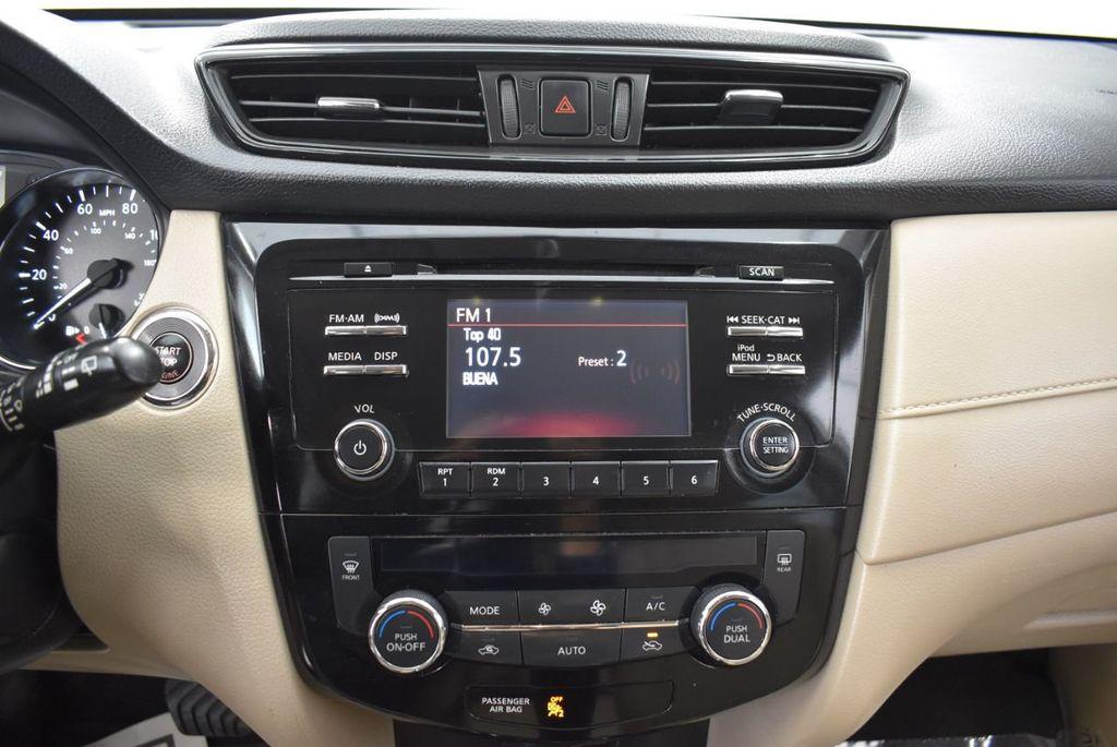 2017 Nissan Rogue  - 18550555 - 22