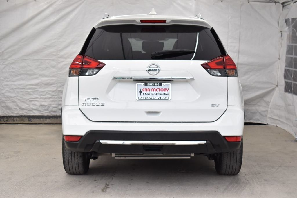 2017 Nissan Rogue  - 18550555 - 5