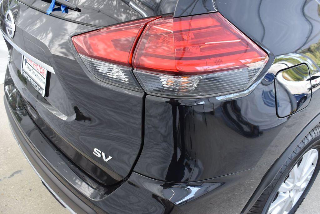 2017 Nissan Rogue  - 18550556 - 6