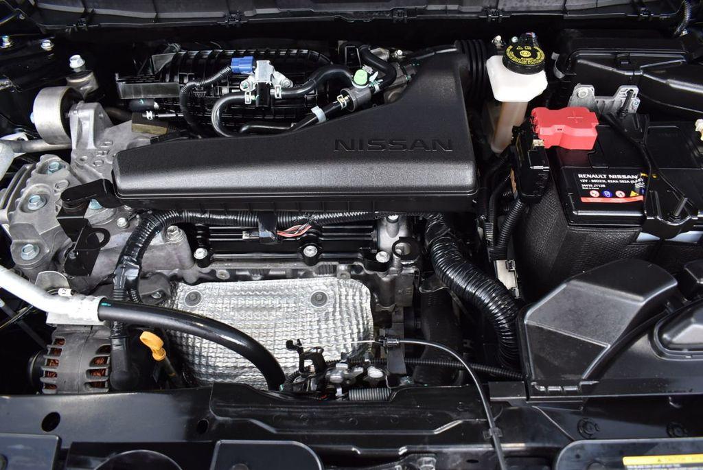 2017 Nissan Rogue  - 18550612 - 24