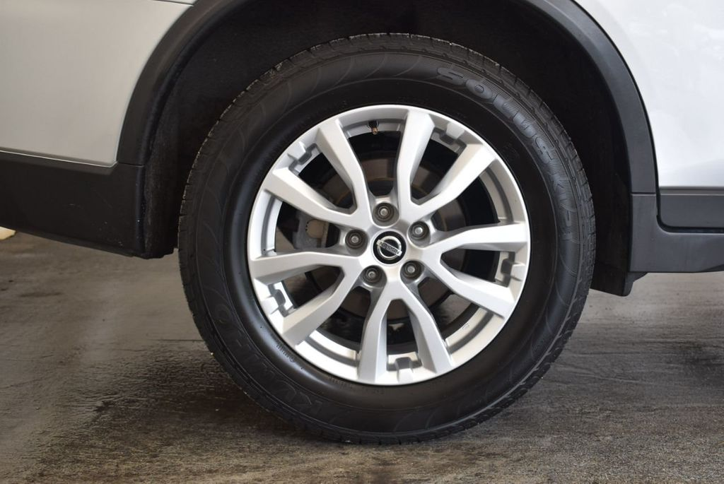2017 Nissan Rogue 2017.5 AWD S - 18056360 - 9