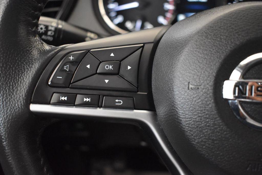 2017 Nissan Rogue 2017.5 AWD S - 18056360 - 19