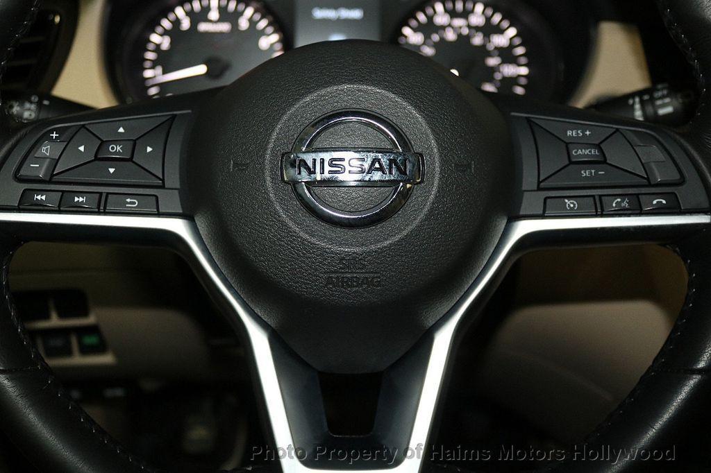 2017 Nissan Rogue 2017.5 FWD SV - 17522240 - 27