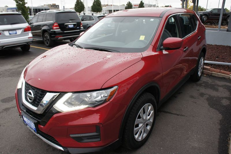 2017 Nissan Rogue AWD S - 18178765 - 1