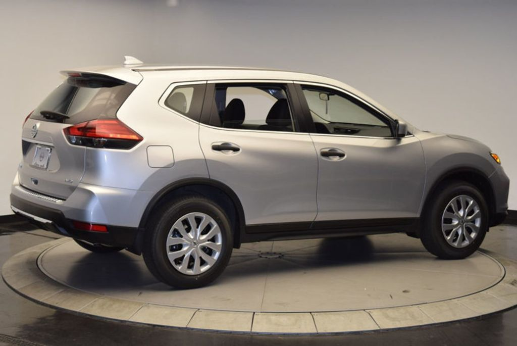 2017 Nissan Rogue AWD S - 15834739 - 7